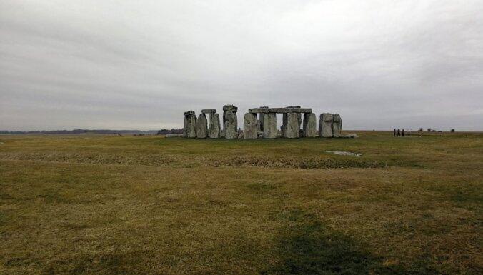 Рядом со Стоунхенджем нашли еще один памятник времен неолита