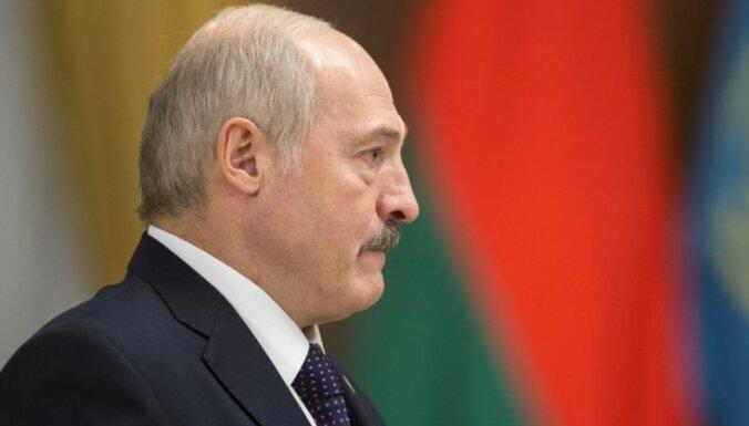 """Лукашенко подтвердил свой визит в Латвию: намерен """"прорубать окно в Европу"""""""