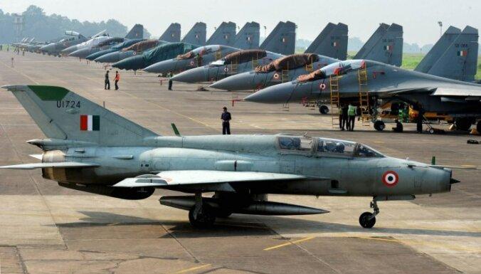 Индия вышла на первое место по импорту оружия
