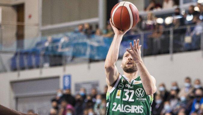 Strēlniekam seši punkti 'Žalgiris' komandas zaudējumā Belgradā
