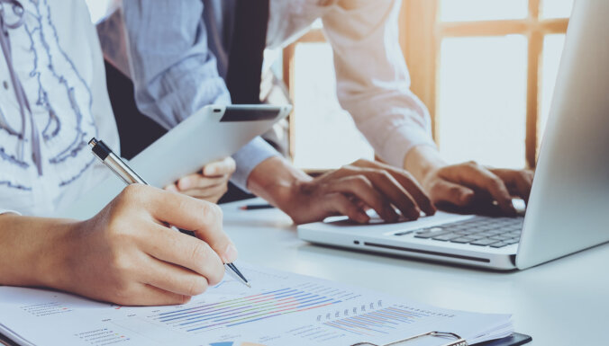 'Luminor' sniegs atbalstu trīs Latvijas uzņēmējiem e-komercijas attīstībai