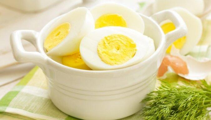 Vienkārši padomi, kā pareizi novārīt olas