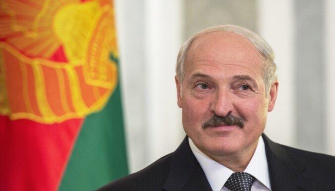Лукашенко — об уроках войны, отношениях с Путиным и целях США