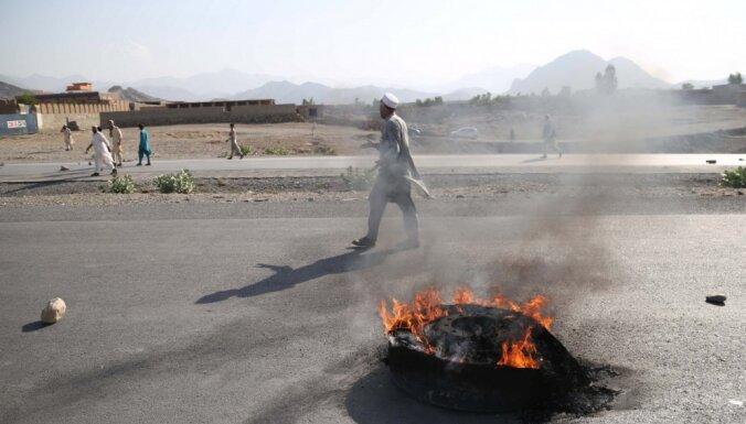 Sprādzienā Afganistānā gājuši bojā vismaz 32 cilvēki