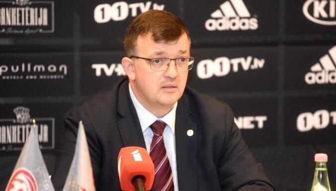 Centra aizsargu likstas, nevēlamā spēle Melnkalnē - Kazakevičs komentē oktobra sabraukumu