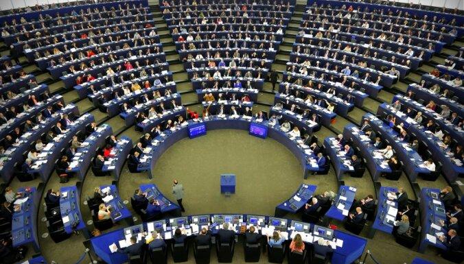 EP deputāti jau dala britu krēslus; piedāvā veidot pan-eiropeisku sarakstu