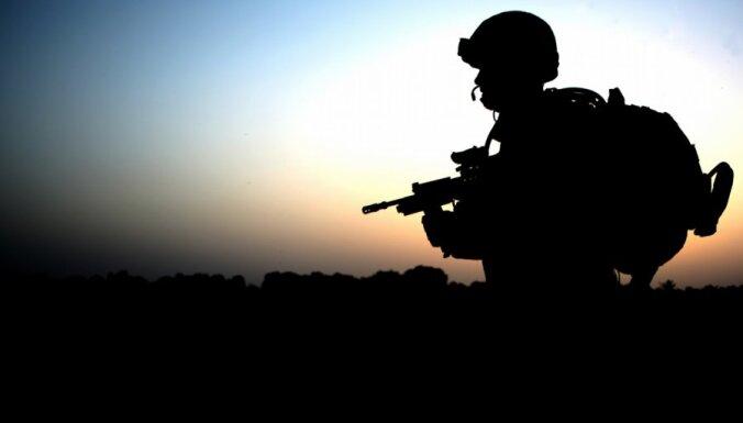 Британия отправит в Африку на помощь французам 350 солдат