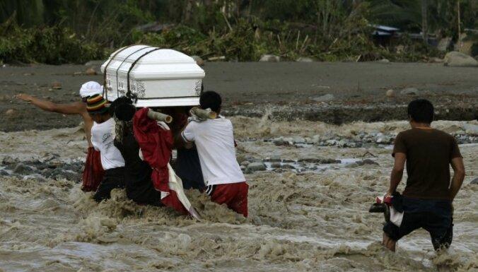 "Тайфун ""Бофа"" убил на Филиппинах свыше 1000 человек"