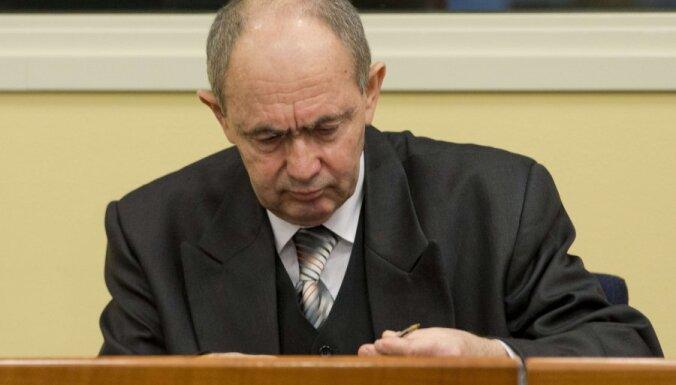 Генерал боснийских сербов осужден за геноцид