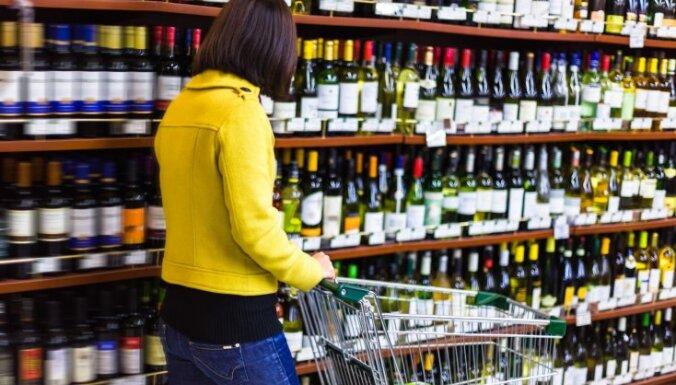 """Балтийский алко-офшор: как Эстония """"подарила"""" Латвии свой рынок алкоголя"""