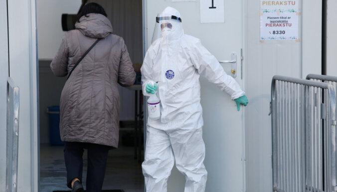 Эпидемиологи: каждый второй случай Covid-19 невозможно проследить, заразиться можно где угодно