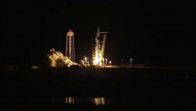 Video: ASV veiksmīgi startējis 'SpaceX' jaunais kosmosa kuģis