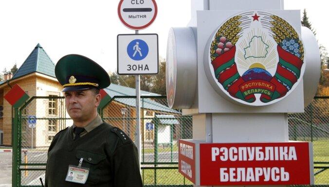 Pieaug nelegālā migrācija no Baltkrievijas, bet to slēpj, secina Lietuvā