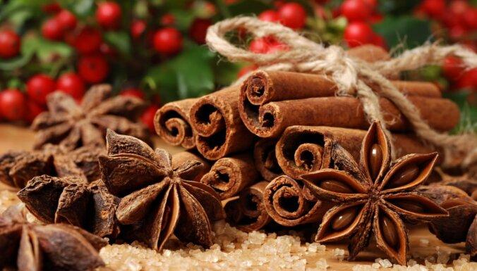 Lielā kārumu kolekcija ar Ziemassvētku garšvielām