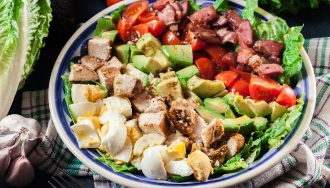 Альтернатива оливье по-голливудски: знаменитый салат Коба