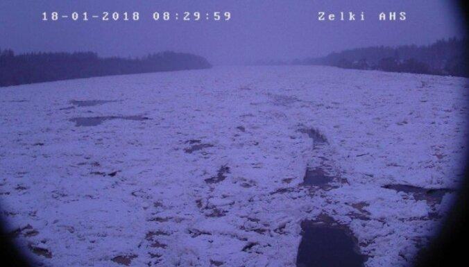Ūdens līmenis Daugavā pie Jēkabpils pazeminājies par dažiem centimetriem