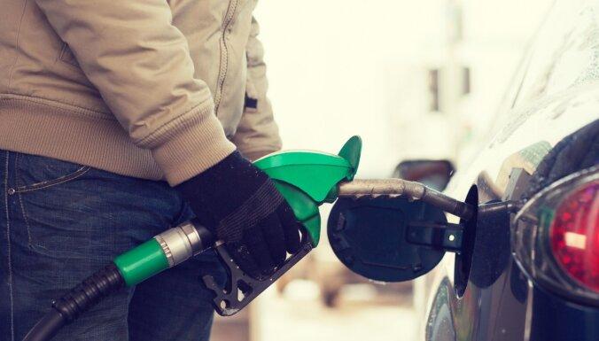 Kādu arktisko dīzeļdegvielu izvēlēties, lai no rīta auto vienmēr 'pielec'?