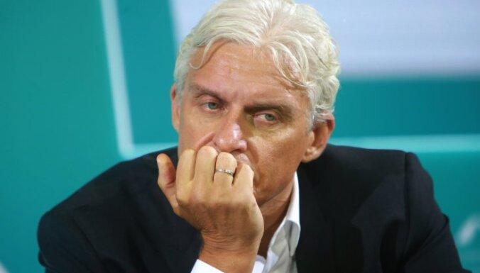 Семья Тинькова лишилась контроля над головной компанией Тинькофф Банка