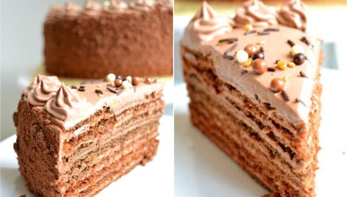 Šokolādes medus kūka ar iebiezinātā piena krēmu