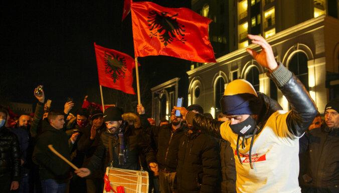 Kosovā parlamenta vēlēšanās uzvar kreisie albāņu nacionālisti
