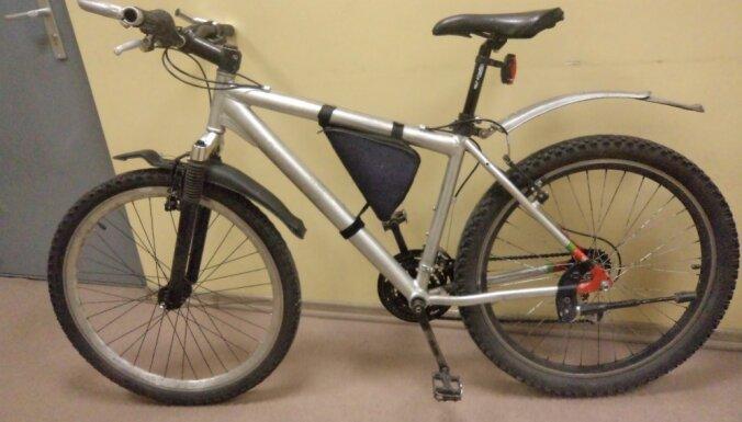 Рига: полиция ищет законных владельцев велосипедов
