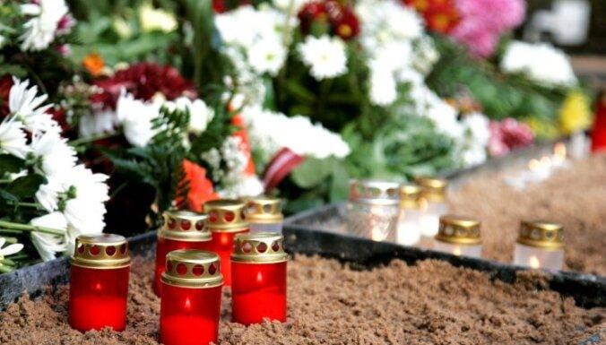 Mirušo skaits pērnā gada decembrī Latvijā pieaudzis par 26,9%