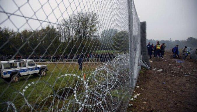 Ungārija gatava visu patvēruma meklētāju aizturēšanai