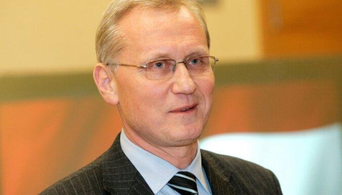 Teikmanis Baltkrievijas amatpersonām norāda uz nepieņemamo situāciju ar politiskajiem ieslodzītajiem šajā valstī