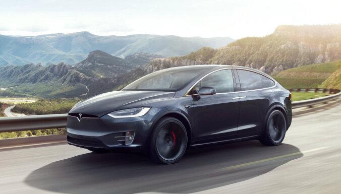 Регулятор США попросил Tesla отозвать 160 тысяч электромобилей
