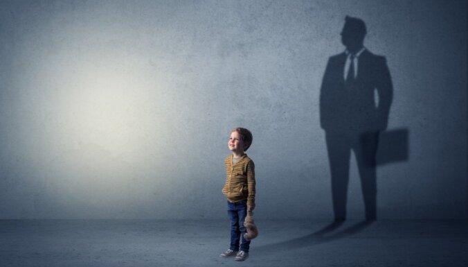 Kā saskatīt jaunieša spēcīgās puses un veicināt karjeras izaugsmi