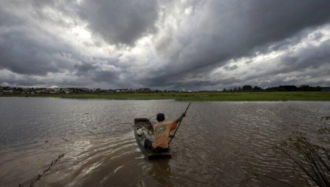 На Индию надвигается мощный циклон: из Мумбаи эвакуировали более 10 000 человек