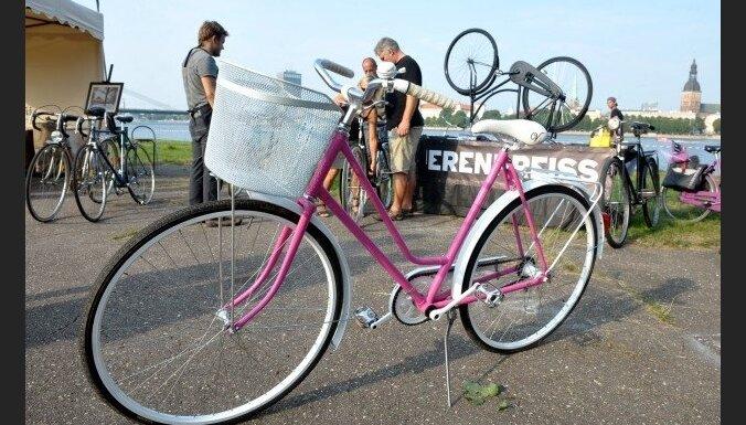 Японский велосипедист заплатит $460 000 за сбитую пенсионерку