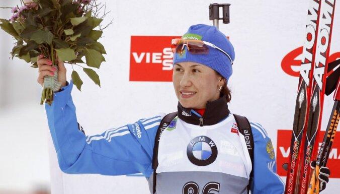 Российская биатлонистка сенсационно взяла подиум в дебютной гонке