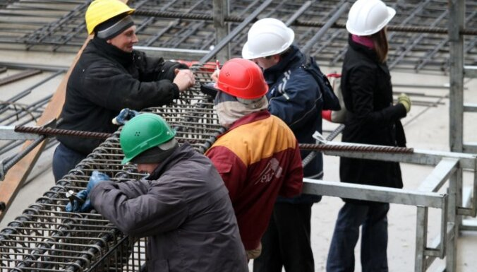 Подписано соглашение о том, что минимальная зарплата в строительстве будет составлять 780 евро