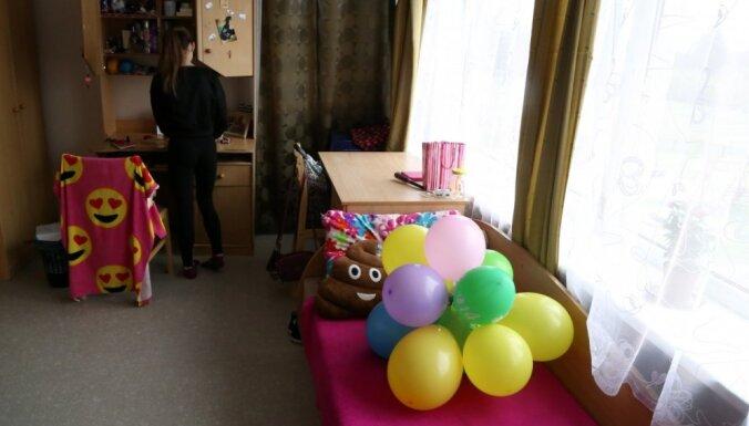 Komisija ļauj turpināt darbu jaunajai Jelgavas bērnunama vadītājai