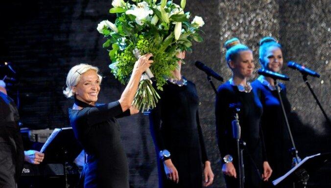 Фестиваль Лаймы Вайкуле вызвал склоки в российском шоу-бизнесе