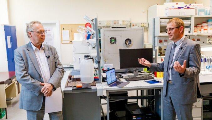 Zinātniekiem dāvina lieljaudas datu tīklu cīņai ar vēzi un Covid-19