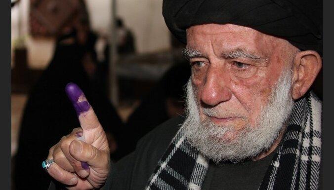Irākā notiek parlamenta vēlēšanas; plaši uzbrukumi (20.22)