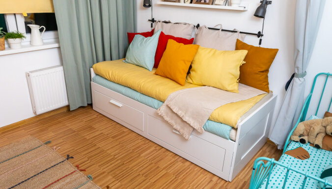 ФОТО. Небольшое пространство – большие перемены: как дизайнер перевоплотила жилую комнату в 10 кв.м. для 3 человек