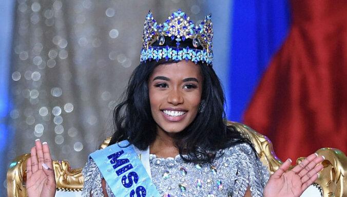 Par pasaulē skaistāko neprecēto sievieti kronēta daiļava no Jamaikas
