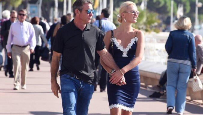 Foto: Paparaci medī Holivudas aktiera sirdsdāmu Auziņu