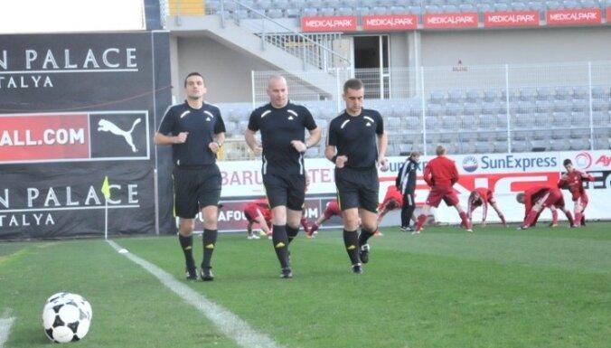 FIFA joprojām izmeklē skandalozo Latvijas futbola izlases februāra spēli Antaljā