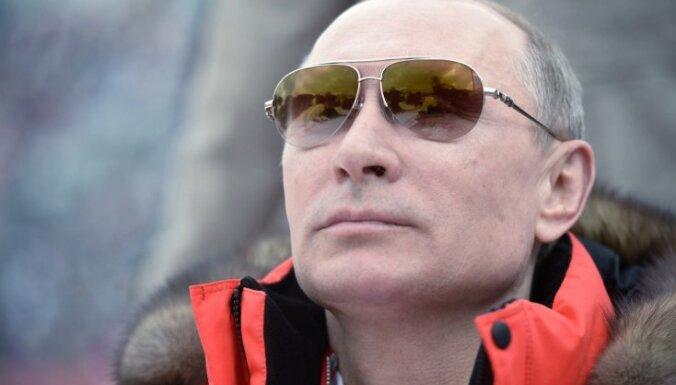 Путин возглавил российский рейтинг моральных авторитетов