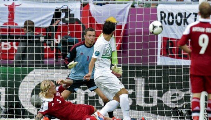 Поштига стал шестым игроком, забивавшим на трех ЕВРО
