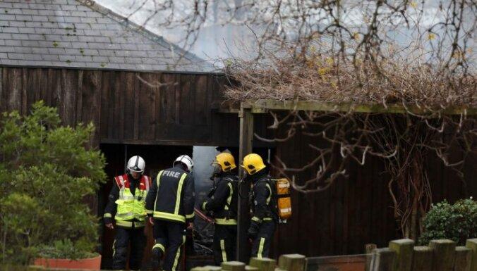Ugunsgrēkā cietušais Londonas zoodārzs atsāk darbu