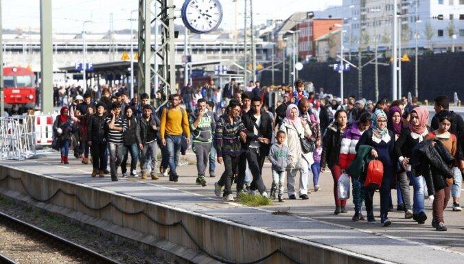 Германия примет еще 10 тысяч беженцев по программе переселения