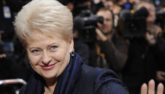 Lietuvas prezidenta amatā ar 57% atkārtoti ievēlēta Grībauskaite (plkst.0:35)