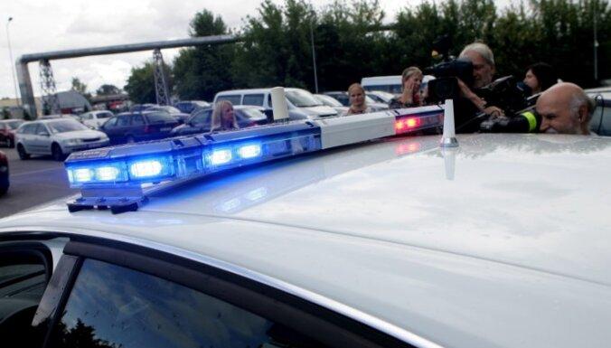 Из-за угрозы взрыва полиция эвакуировала покупателей и персонал ТЦ
