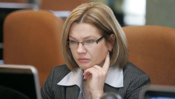 Jurševska: pabalstu 'griesti' – nesāpīgākais risinājums sociālā budžeta glābšanai