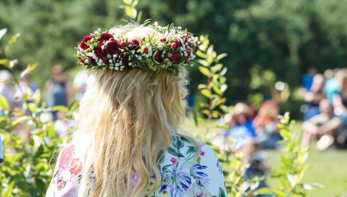 Венок из роз, цветочная лодка и остановка мечты: В эти выходные в Тукумсе пройдет Праздник роз